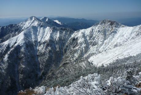 山頂から西方向