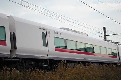 モハE656-105