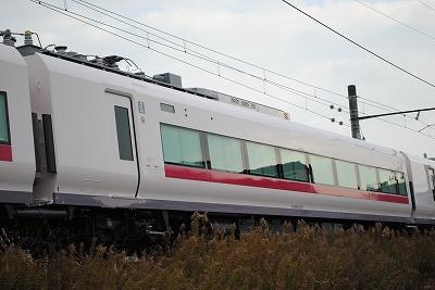 モハE657-205