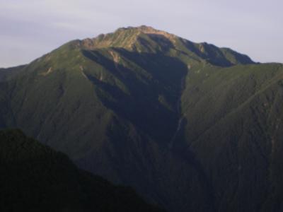 夜明けの仙丈岳