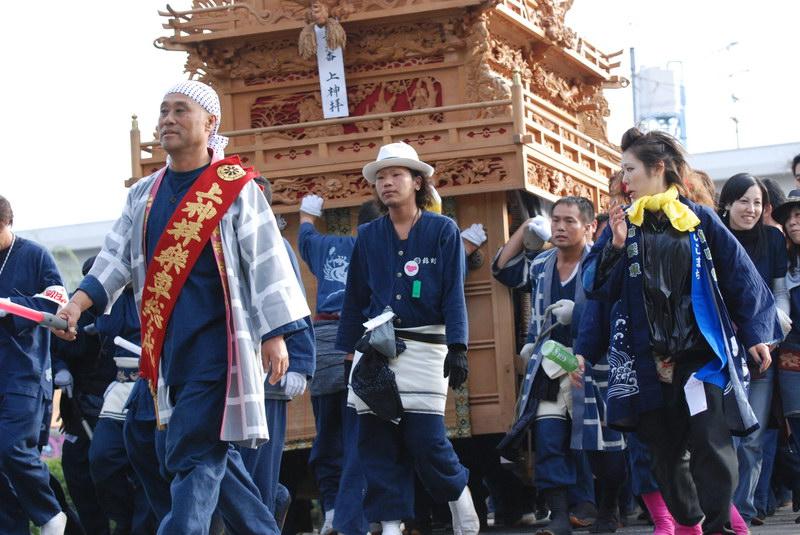 上神拝だんじり(屋台)  2007 御殿前(西条高校前)
