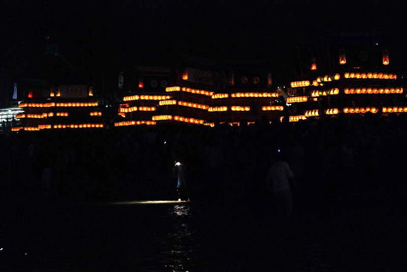 2007 伊曽乃神社 川入り