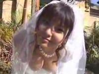 花井美里 チ○ビすれすれウェディングドレス