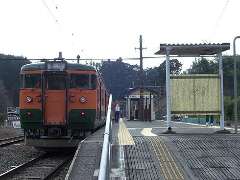 115系@浦川駅