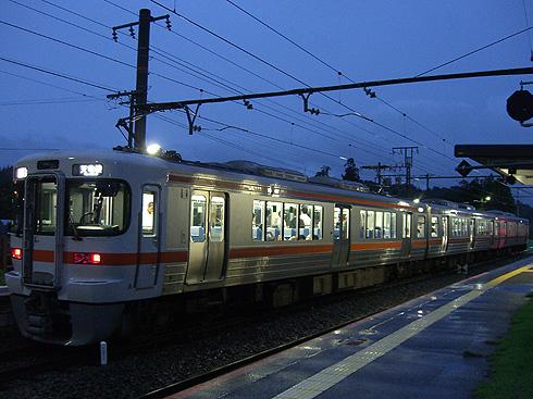313系1700番台@東上駅
