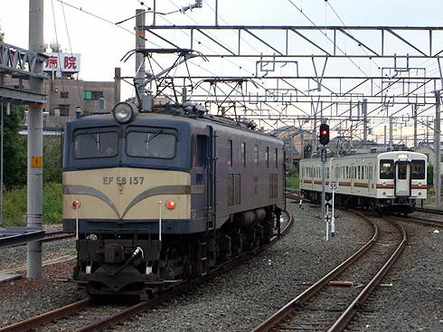 EF58-157@豊川駅その2