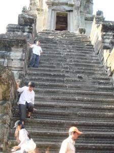 降りた階段