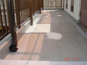下地補修をした共用廊下