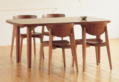 yanagi_table.jpg